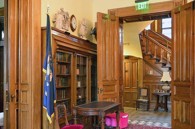 Ladies-Library-3